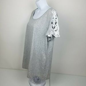 Floryday Womens Top size XL gray white crochet NWT